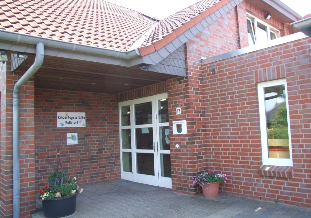 Äußerer Eingangsbereich der Kindertagesstätte Rullstorf